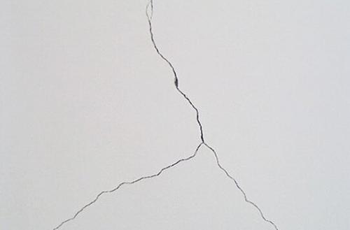 墙面的裂缝如何处理?四川加固公司教你几个小妙招
