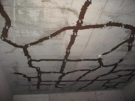 四川加固公司告诉你墙面开裂是什么原因引起的