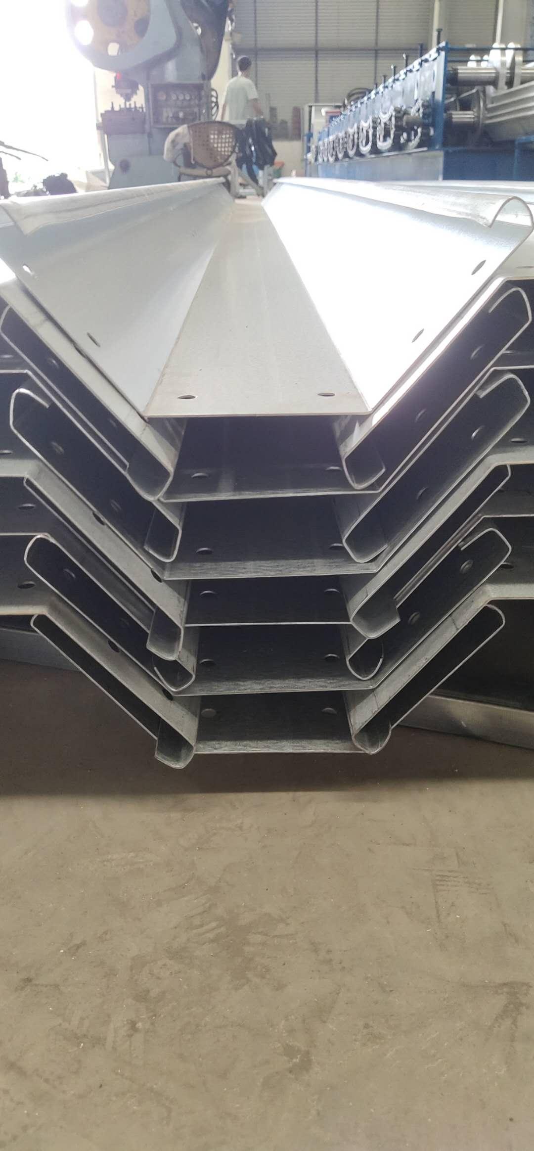 四川大棚配件-镀铝锌水槽