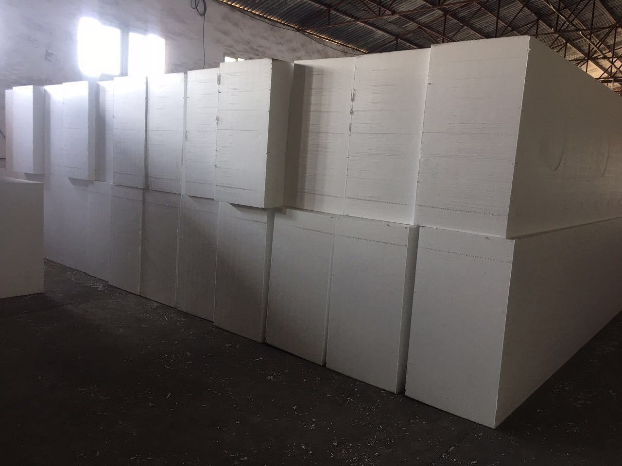 EPS聚苯板生產