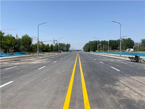 路上的路面标线,信阳道路划线小编带你了解下