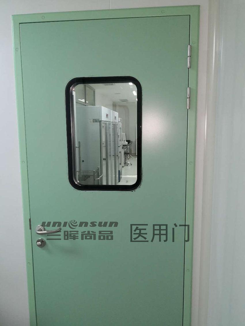 三晖尚品:什么样的门才能叫做洁净门?