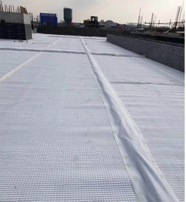 河南车库屋顶虹吸排水收集和虹吸排水槽有什么不同?