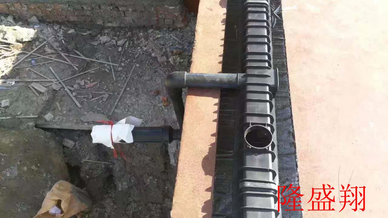 河南虹吸排水系统安装简便,得到了众多施工单位的青睐