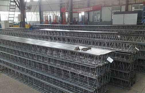 成都钢筋桁架楼承板的形式:
