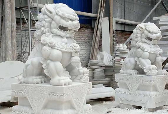 为什么汉白玉雕塑会存在色差?