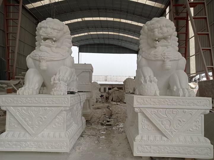 汉白玉狮子