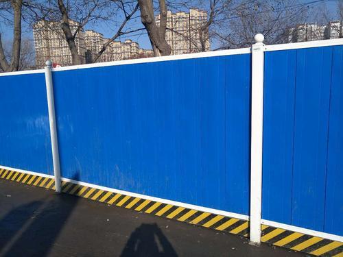 成都围挡施工厂家浅谈彩钢围档的安置要求