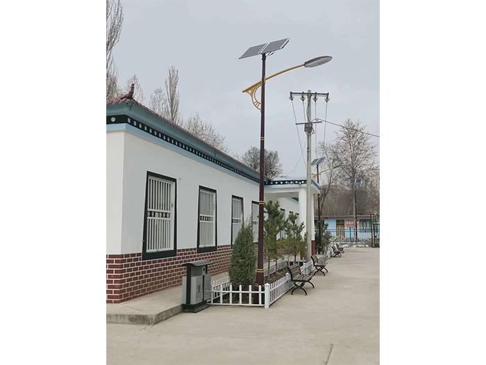 太阳能路灯安装图片展示