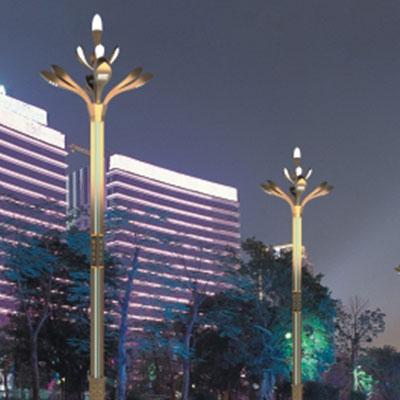 人行道和园林景观灯照明实际上是两种类型的照明的组合!