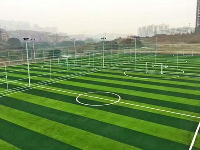 人造草坪球场图片展示