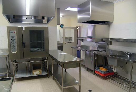 我们应该在安装商用厨房用具时注意什么呢