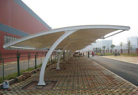 我们使用的四川膜结构停车棚一般用的什么膜