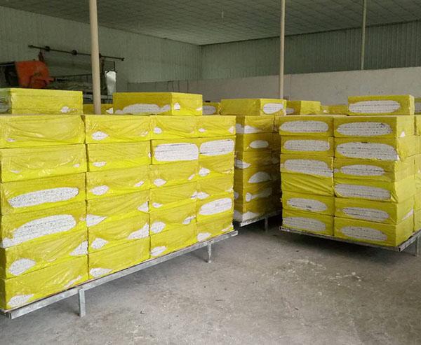 四川防火保温板之岩棉板的施工注意事项介绍