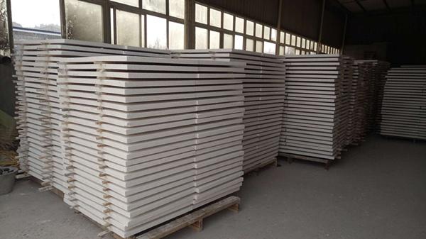 四川改性聚苯保温板的性能特点