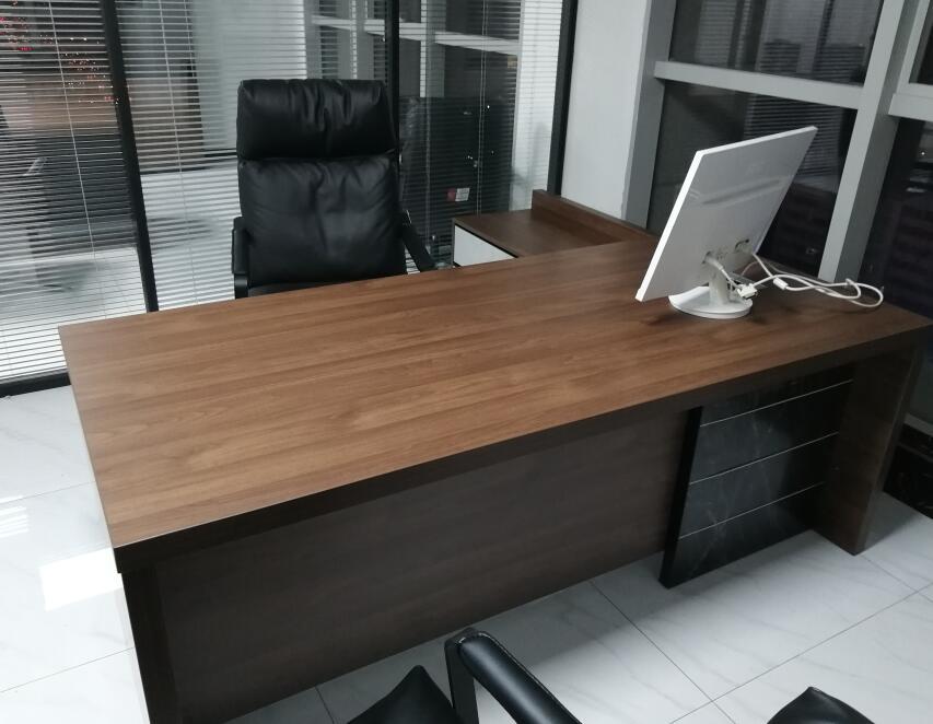 常见的西安办公桌类型都有哪些?我们详细了解一下