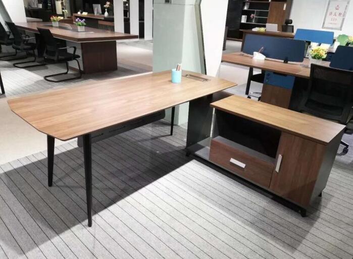 办公家具应该如何分类,办公家具厂家给我们具体的详解?