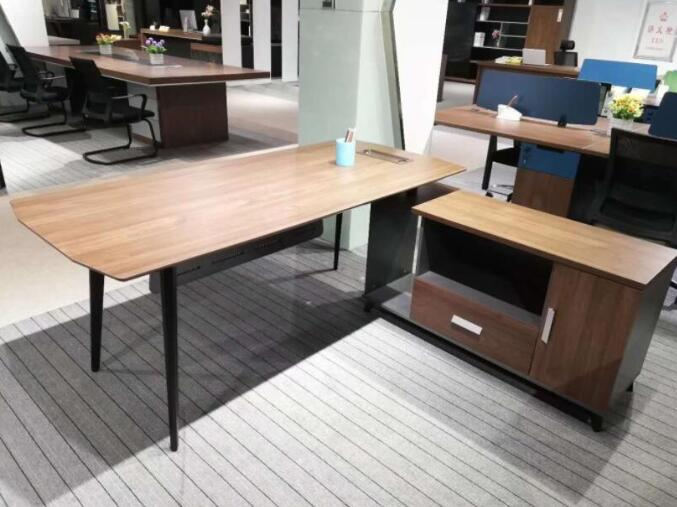 如何定制合适的办公家具呢?办公家具的价格怎么样呢?