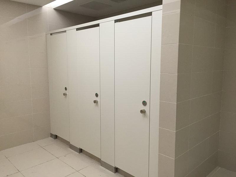 北京卫生间隔断板抗倍特优点