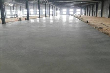 兰州金刚砂耐磨地坪材料施工中需要注意哪些内容