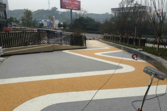 透水地坪技术在市政道路建设中的运用