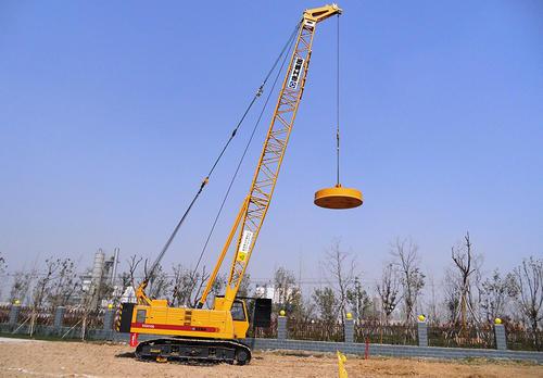 强夯机施工中应该注意的哪些操作事项 新疆桩基工程施工告诉你