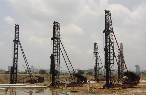 桩基施工的工程准备主要有这些: