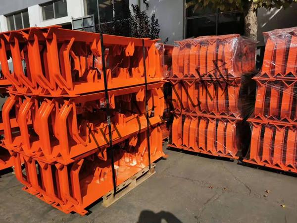 郑州输送机支架配件厂家