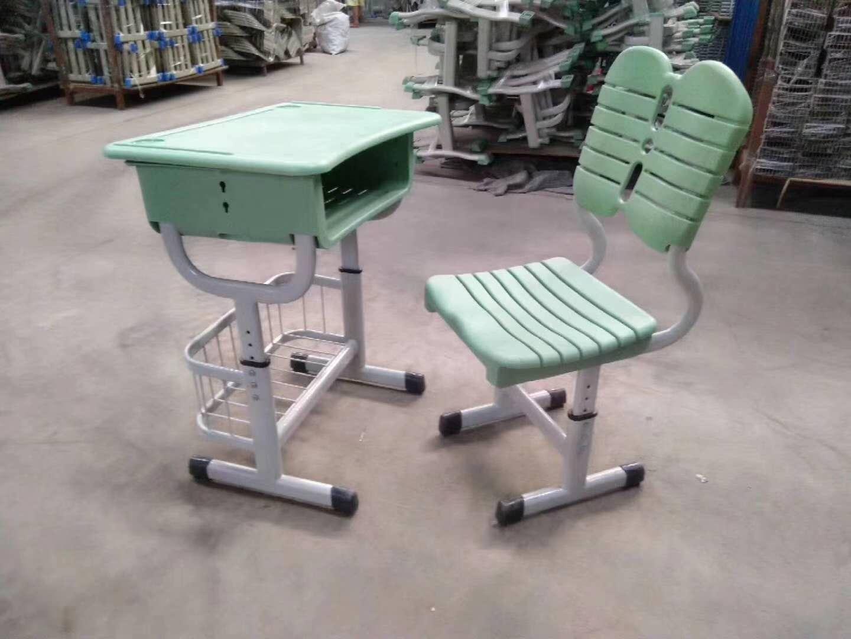学校如何为学生选择合适的学生课桌椅