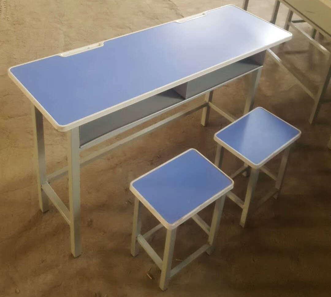 学生课桌椅潜在的物理伤害该如何防范