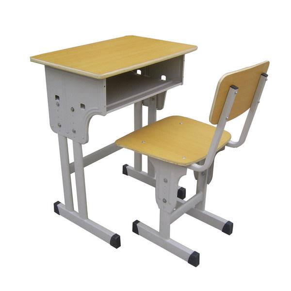 对于学生来说,合格的河南课桌椅应该具备哪特性呢?