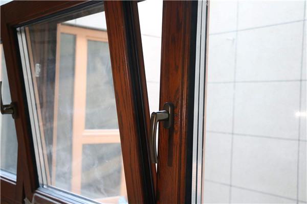 铝包木门窗:将森林搬进家中,享受春天的气息