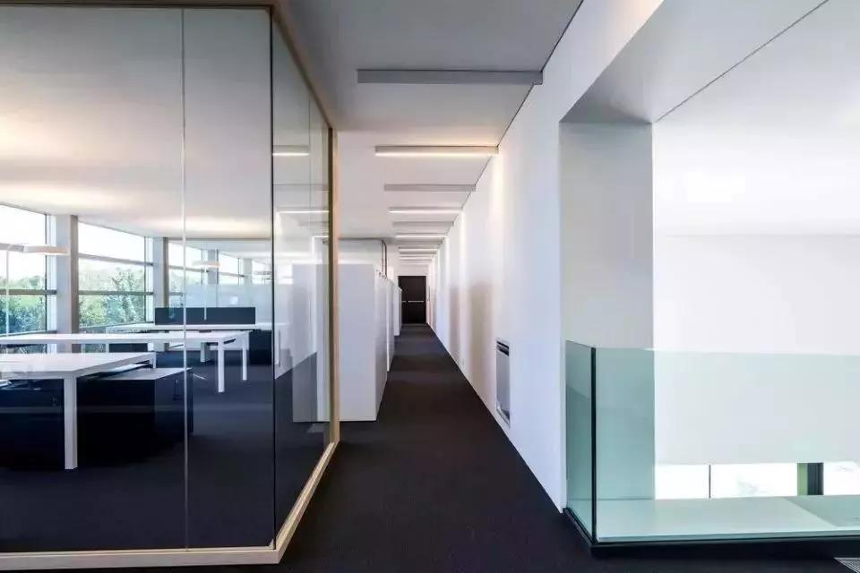 一篇get调光玻璃和彩色夹胶玻璃,让你的设计拥有有趣的灵魂!