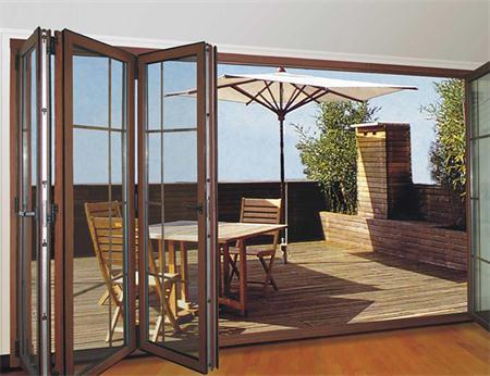 应该如何选购铝包木门窗?