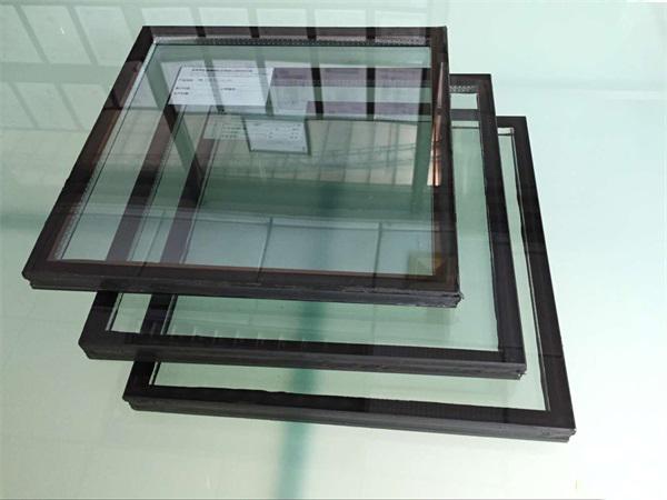 如何清洁中空钢化玻璃的污渍?