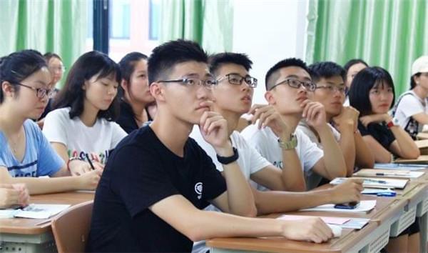河南立杆教育是一家很不错的河南考研寄宿学校,有想考研的小伙伴们看过来