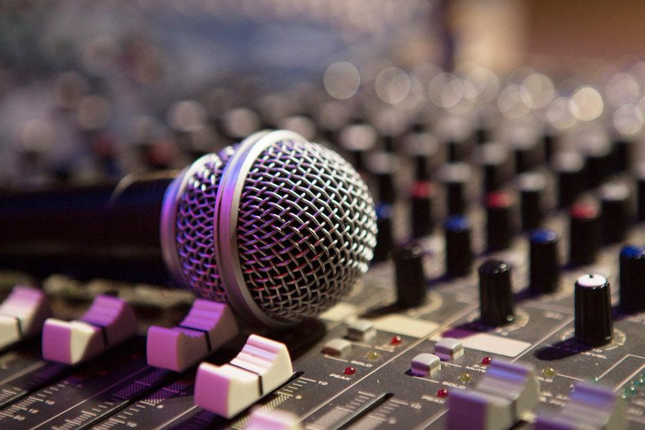 播音专业前景