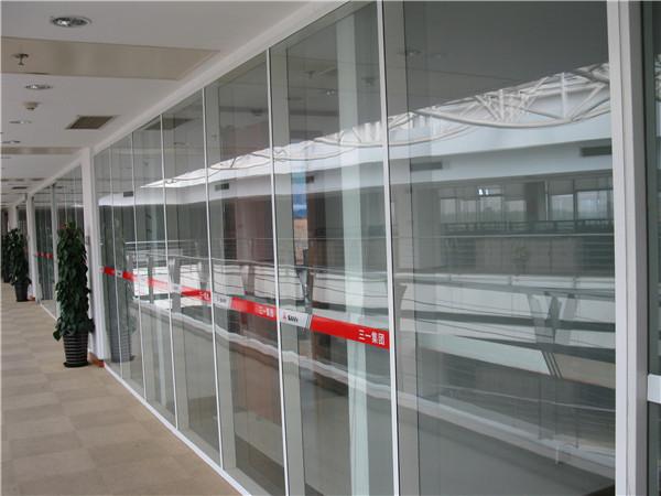 什么是玻璃活动隔断?