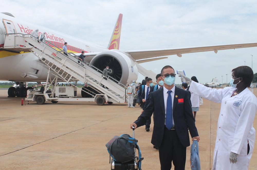 8月19日,第八批中国(安徽)援南医疗队抵达南苏丹