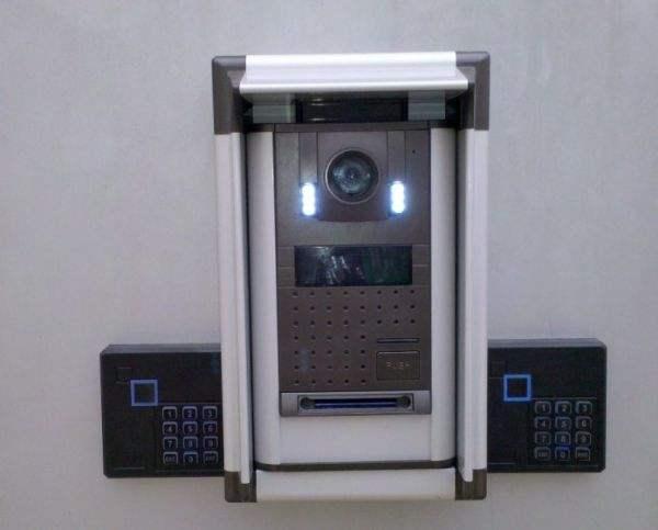 门禁控制系统