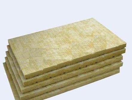 成都巖棉板適合在多雨和潮濕的環境中使用嗎?