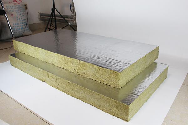 你知道成都岩棉板的耐水性吗?