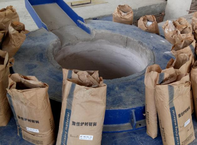 45吨炉气动筑炉烘炉工艺
