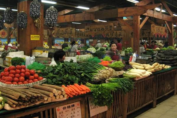 孟氏鴻園為新鄉菜市場提供蔬菜銷售