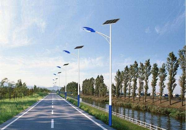 太阳能路灯厂家怎么选?