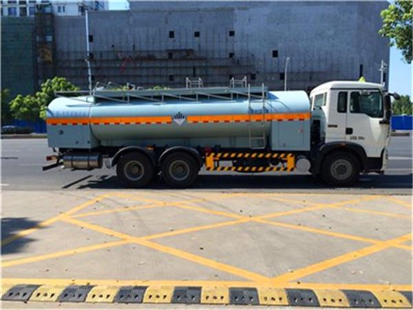 对于腐蚀性运输不能马马虎虎,关于腐蚀性的危险品运输处理要求