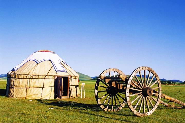 牧区使用传统蒙古包的现状