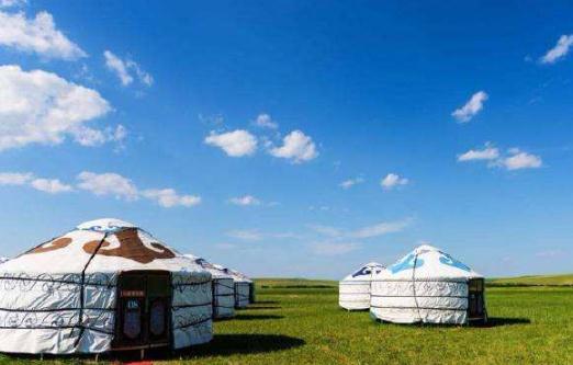 蒙古包建筑体现了游牧民族文化特色