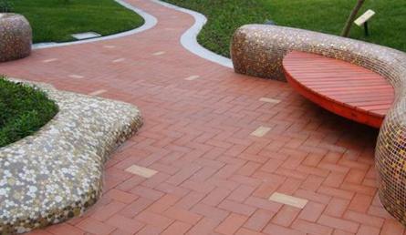 暴雨来临时,透水砖都起到哪些作用?