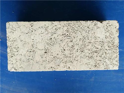 透水磚與燒結磚有什么區別?